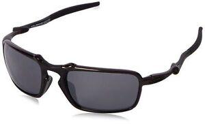 Oakley Men s Badman OO6020-07 Polarized Iridium Rectangular Sunglasses 1b9e30900f