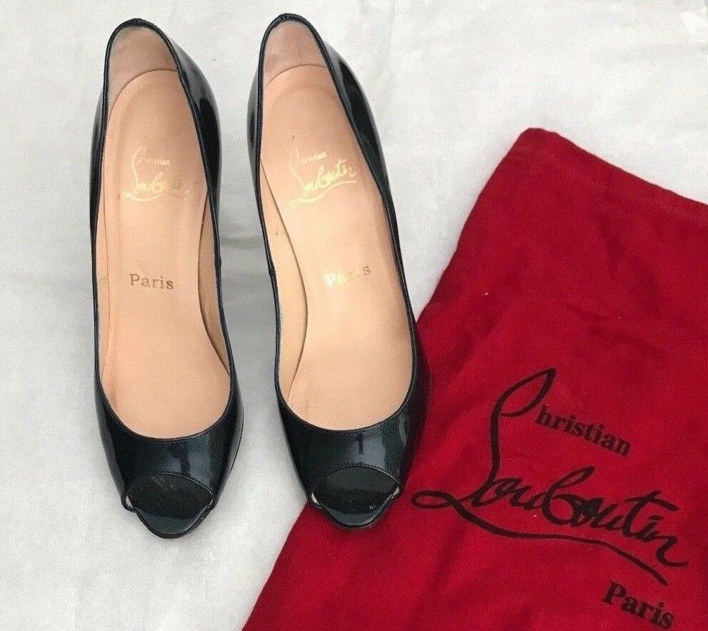 Christian Louboutin  Patent Leather chaussures Open Toe Sz 37 1 2