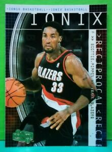 Scottie Pippen insert card Reciprocal 1999-00 Upper Deck UD Ionix #R44
