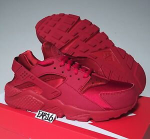 on sale 328eb 7ad6d Details about Nike Air Huarache Triple All Red WMNS 634835 601 Varsity Gym  Ruby Run Size 6-10