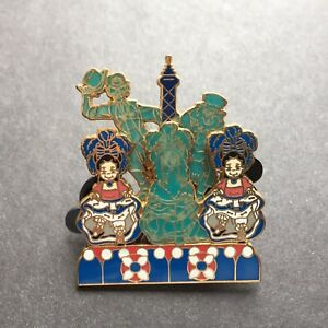 DLR-Oogie-Boogie-039-s-Ghost-Walk-Pin-Event-Small-World-Slider-3D-Disney-Pin-17570