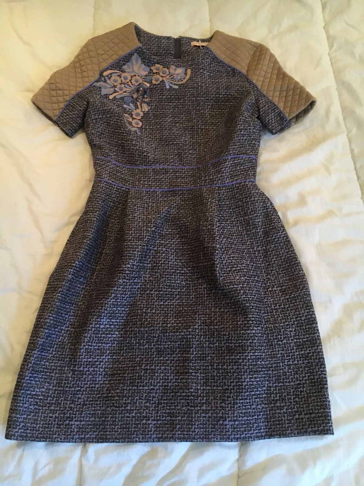 Matthew Williamson Grey Embroidered Tweed Dress Quilted Size 8