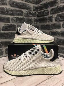 new product 29ee6 2c1ae Caricamento dellimmagine in corso Adidas-Originals-Deerupt-Runner -Sneaker-UK-9-5-