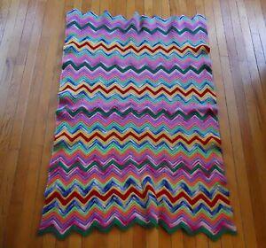 antique vintage crochet afghan throw blanket decor zig zag pattern granny wool ebay. Black Bedroom Furniture Sets. Home Design Ideas