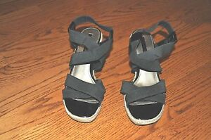 Womens-BANDOLINO-Black-Wedge-Heels-Shoes-Open-Toe-Size-9-5-M