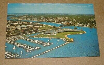 Postcard Marina & Pioneer Inn on Lake Winnebago, Oshkosh