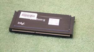 Intel-Pentium-II-MMX-266-MHz-SL2HE-266-512-100-slot-1-CPU-Processeur