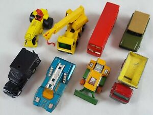 Lot-of-7-Matchbox-Cars-and-1-Tomica-Car