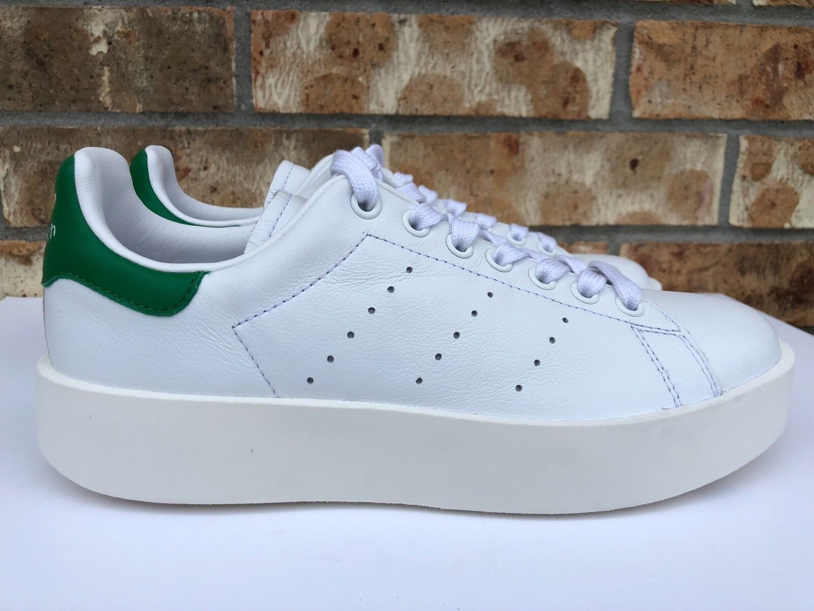 Women's Adidas Original Stan Smith Bold Athletic shoes White Green S32266