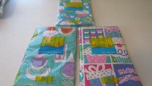 Vinyl-Tablecloth-Flannel-Back-BIRTHDAY-PARTY-Presents-Ice-cream-Popsicle-NEW