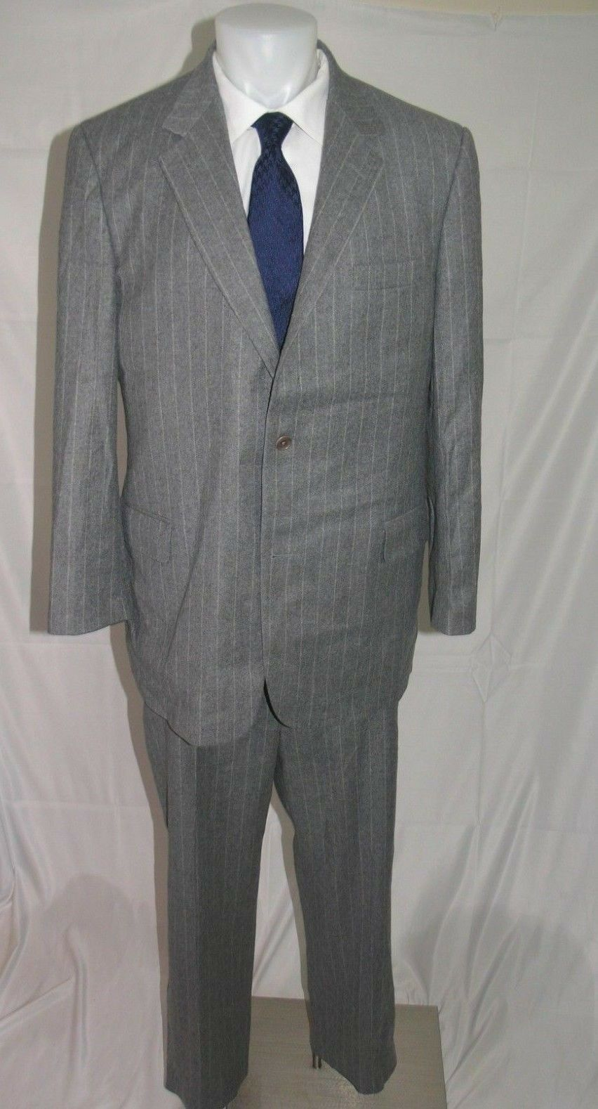 Brooks Bredhers 1818 Madison Flat Front Three Roll Two Suit 46 L 40 x 29