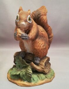 Lefton-China-SQUIRREL-Hand-Painted-Fine-Porcelain-1081