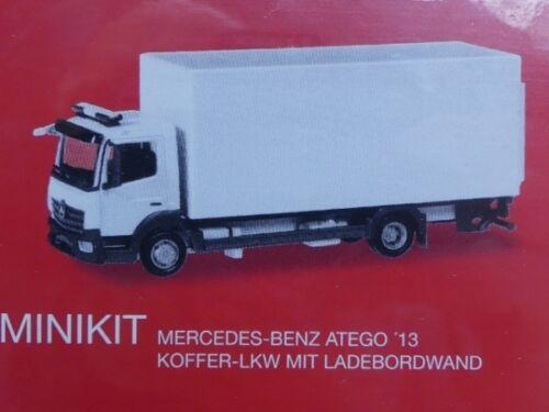 1//87 Herpa MiniKit MB Atego Koffer-LKW mit Ladebordwand silber 013239