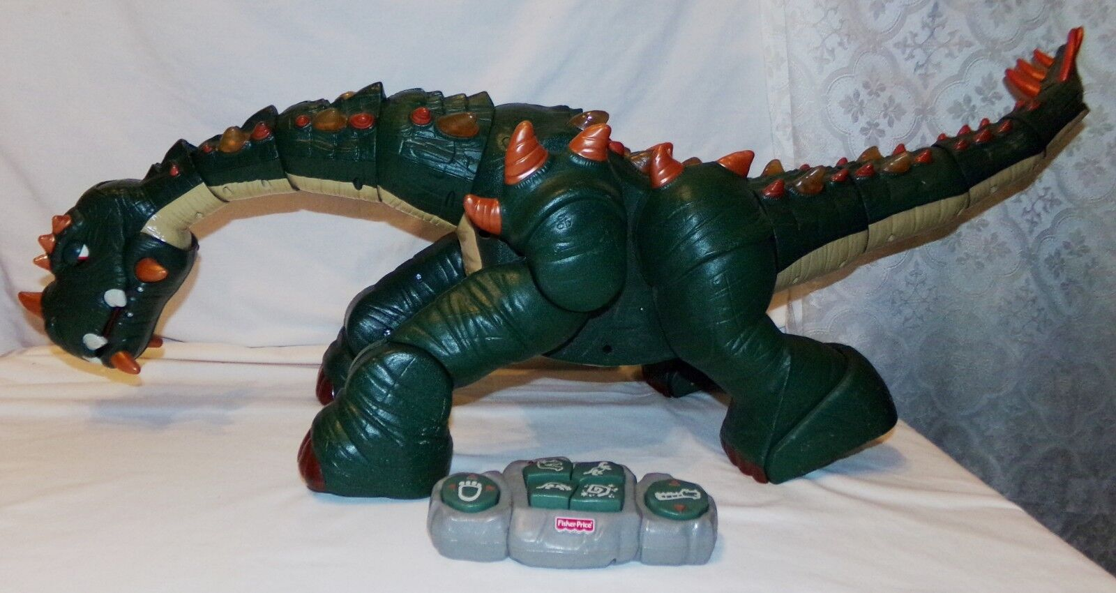 Fisher Price Imaginext Spike the Ultimate Dinosaur Remote Control Toy No Charger