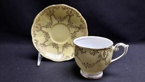 Queen Anne England Bone China 4729 Yellow & Gold Garland - Cup & Saucer