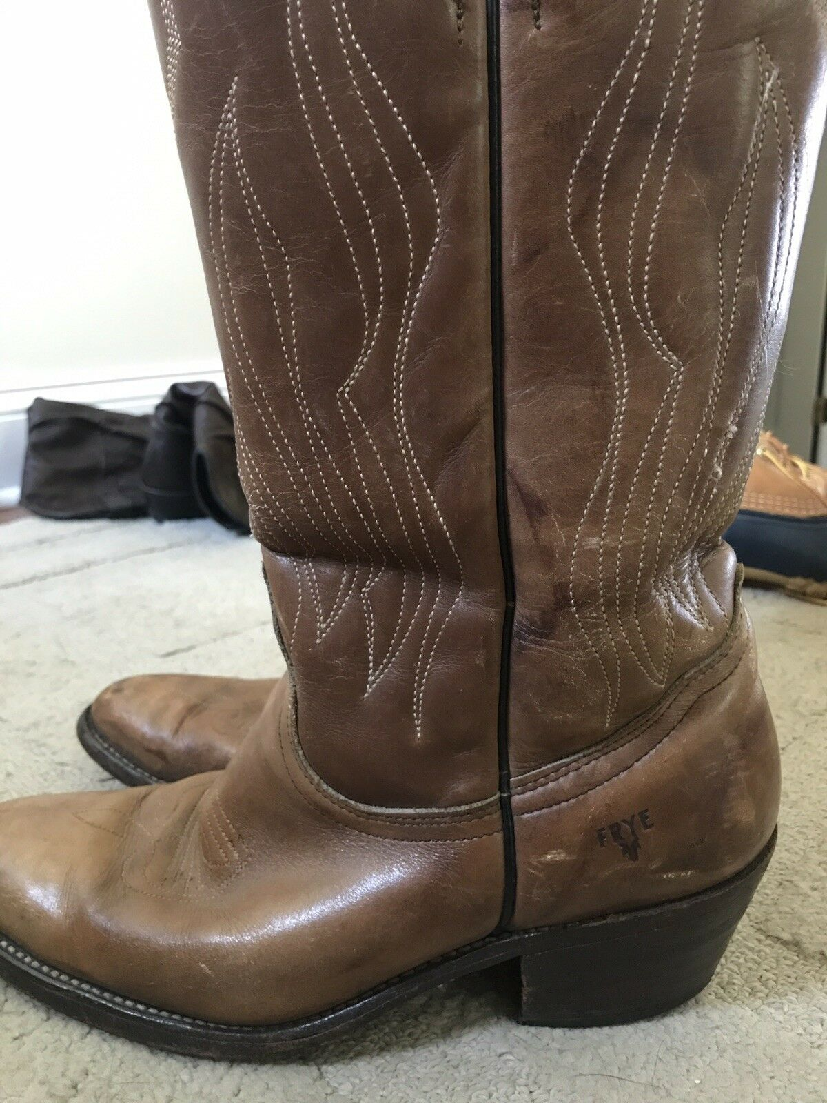 Frye Mens light Brown Leather Classic Western Cowboy Boots 9.5D made in usa