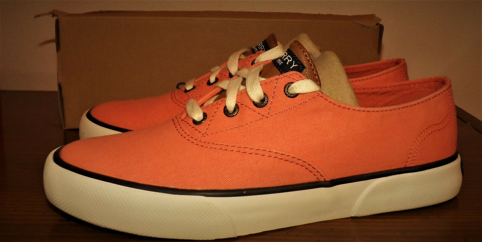 SPERRY TOP SIDER SIZE 8.5M LACE UP orange COMFY SOFT CUSHY INSOLE SHOES WOMENS
