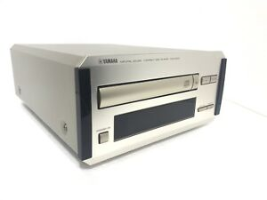 YAMAHA-CDX-E200-Natural-Sound-Compact-Disc-Player-High-End-Vintage-Like-New