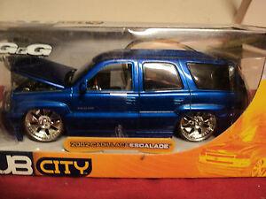 Jada-2002-Cadillac-Escalade-1-24-scale-NIB-2003-release-HTF-very-detailed-Blue