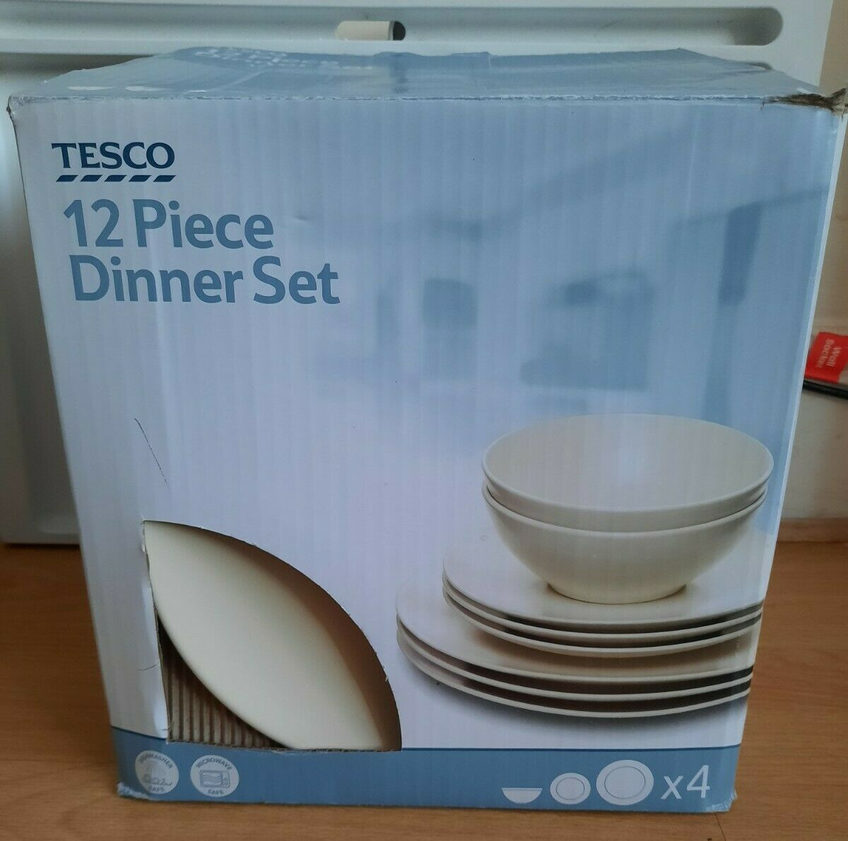 Tesco 11 Piece Dinner Set good used,complete