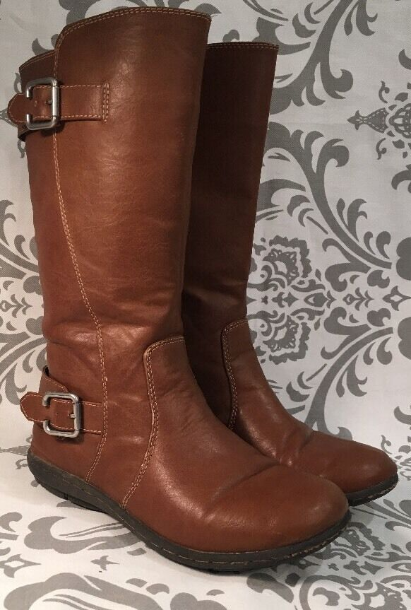 BORN BOC BROWN Faux LEATHER RIDING HARNESS BOOTS  LADIES 4 M BUCKLE  390