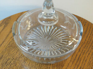 Vintage-Clear-Round-Glass-Candy-Dish-with-Lid-5-034