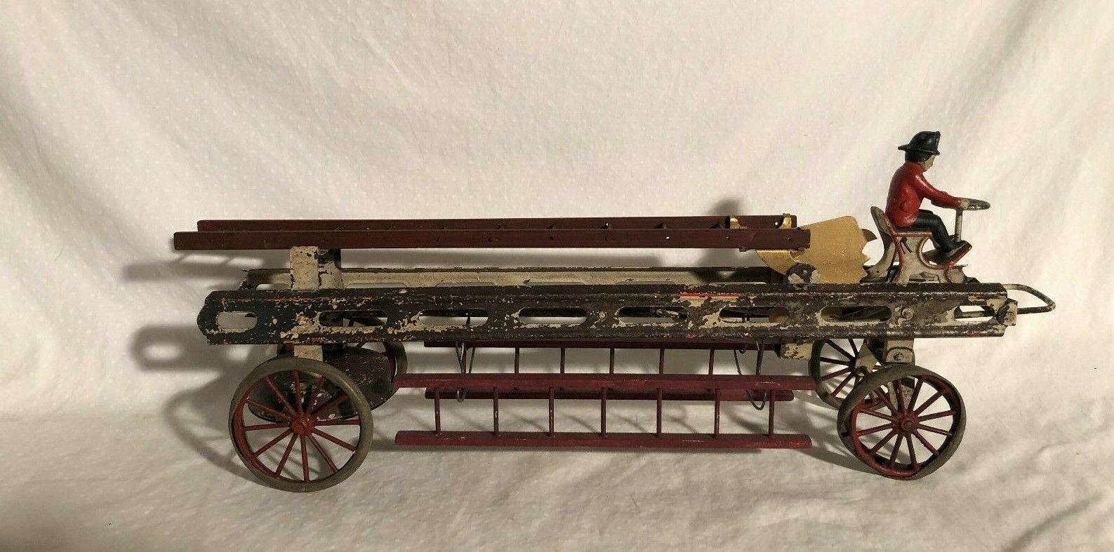 Wilkins Kingsbury Jouets Antique Fire Échelle Wagon Large Wind Up Jouet Camion