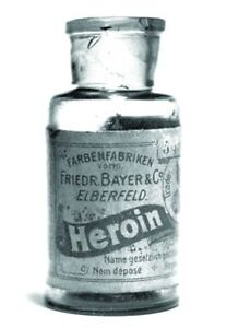 Antique-Heroin-by-Bayer-Bottle-Photo-98-Oddleys-Strange-amp-Bizarre-5-x-7