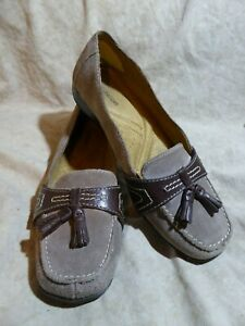 Naturalizer-Tassel-Loafers-sz-8-M-Taupe-Grey-Suede-Leather-Mocha-Brown-Trim