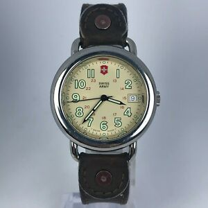 Vintage-Swiss-Army-Cavalry-Mens-Stainless-Steel-DateWristwatch-Leather-Band
