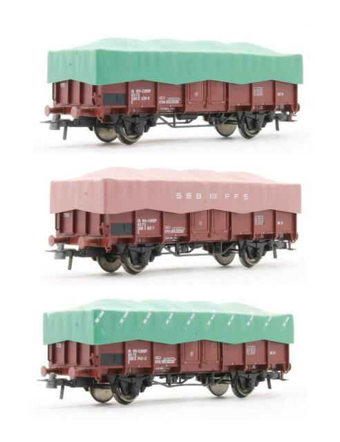ROCO 'HO' GAUGE 44199 SET OF 3 FS 2 AXLE FREIGHT CARS WITH COVER SHEETS (6Q)