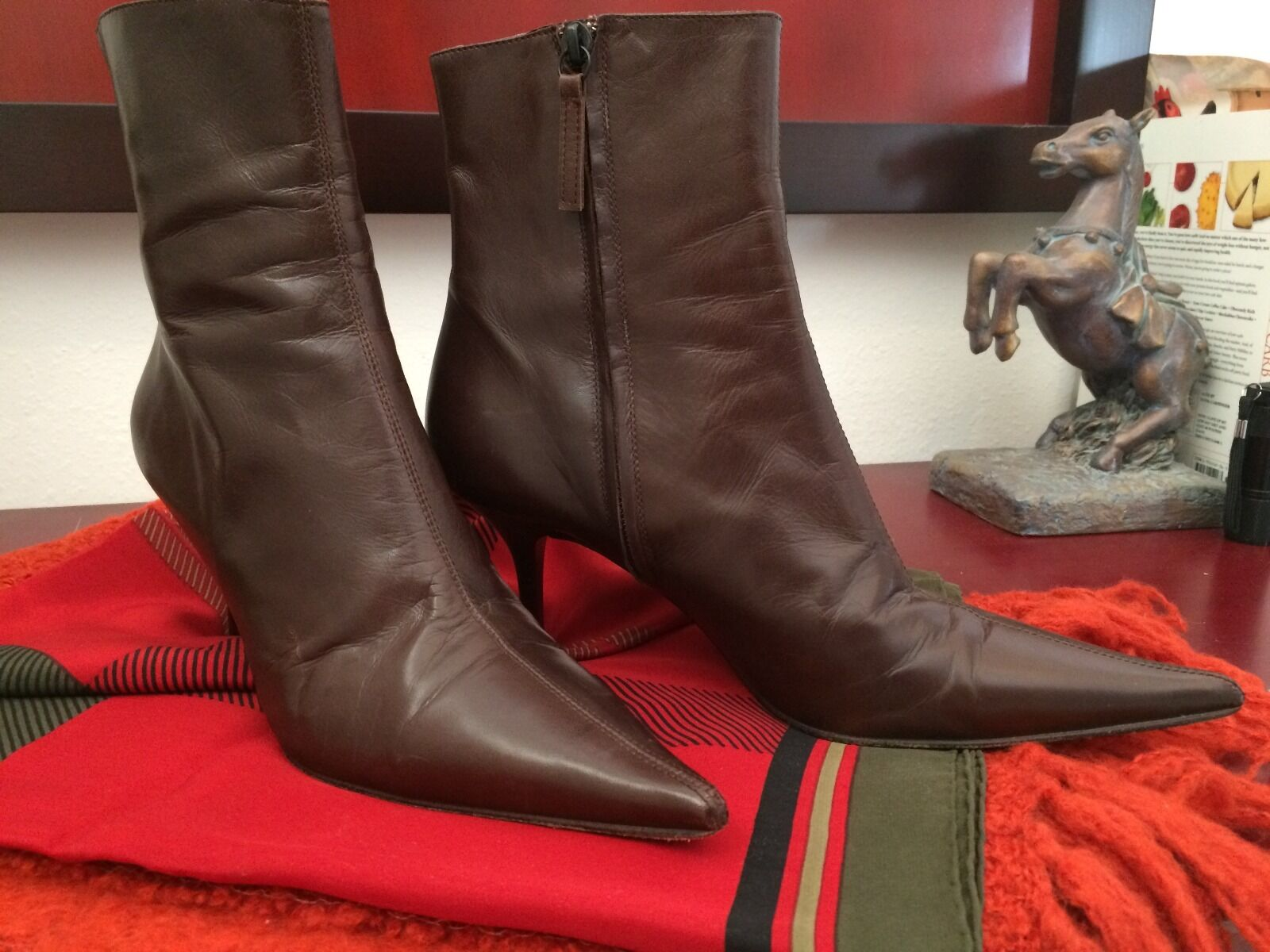 GIANFRANCO FERRE BOOTIES,MADE IN ITALY,SZ BROWN 39.5/9,POINTY,LEATHER BROWN ITALY,SZ 6f9b4d