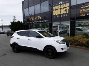 2014 Hyundai Tucson AWD CLEAN CARFAX!