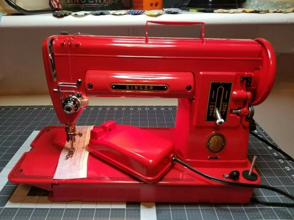 Singer 301 Sewing Machine Napa Candy Apple Red [SERVICED AND CLEANED]