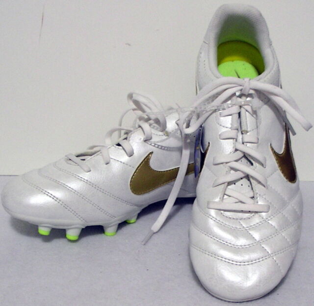 buy online 4e2c8 6be1e Nike girls Youth Tiempo Soccer Cleats Shoes White Gold Green sports size 6   Y417