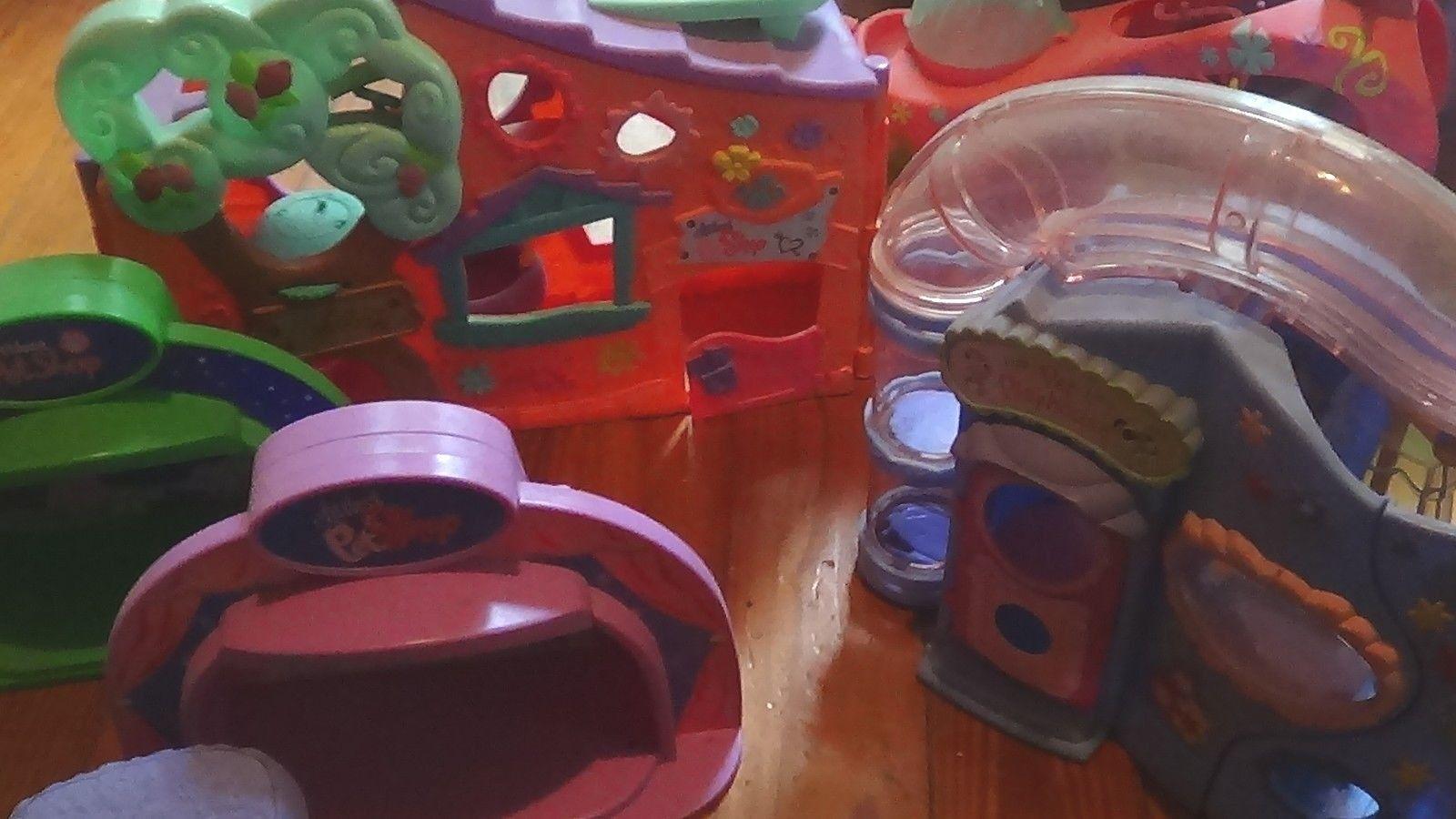 Littlest Pet Shop HUGE of Lot HOUSES, ACCESSORIES, ACCESSORIES, ACCESSORIES, & MORE    2 HUGE BOXES    b394f1