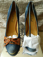 "BLUE DENIM AND TAN FAUX LEATHER 4.5"" HIGH HEEL COURT SHOES UK 5 EU 38 NEW BOXED"