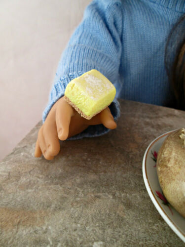 Food for American Girl Dolls 1//3 Scale Miniature Handmade Set of 4 Lemon Bars