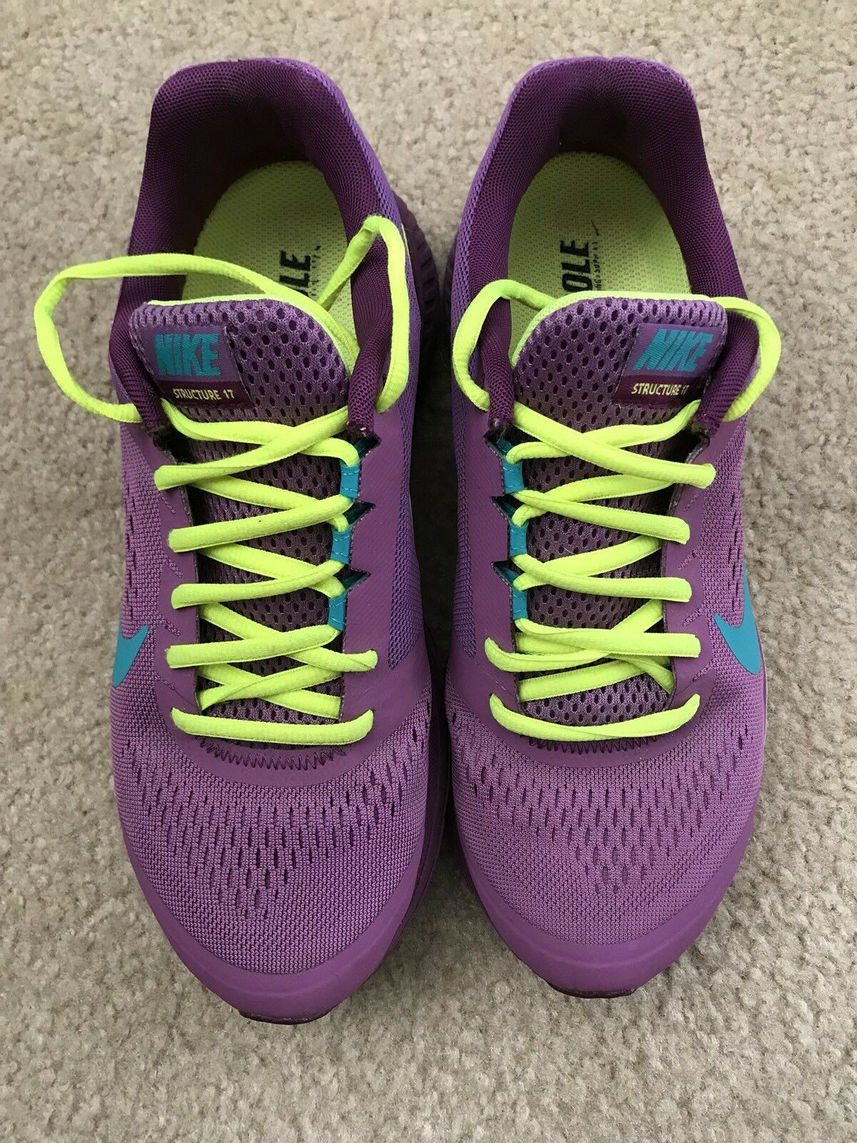 Women's Nike structure 17 Size 8.5