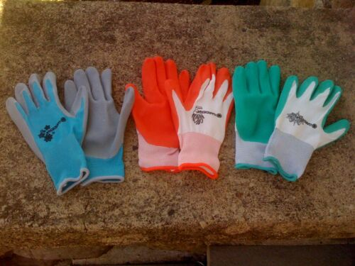 New,Woman/'s Work and Garden Gloves 1pair-3 colors to choose-Nitrile Coated Knit