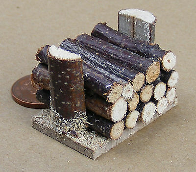 1:12 Scale Small Pile Of Logs For Fire Wood Dolls House Garden Accessory 319