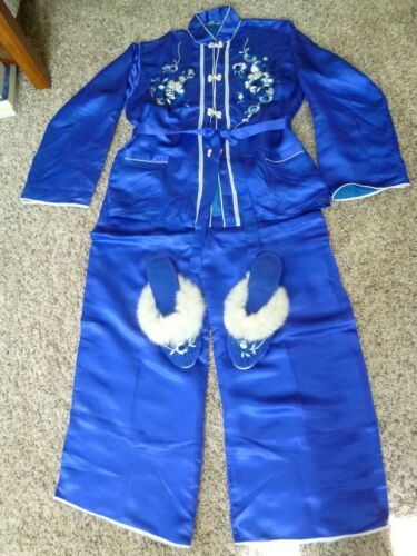 Japanese Embroidered Pajama 5-piece set includes s
