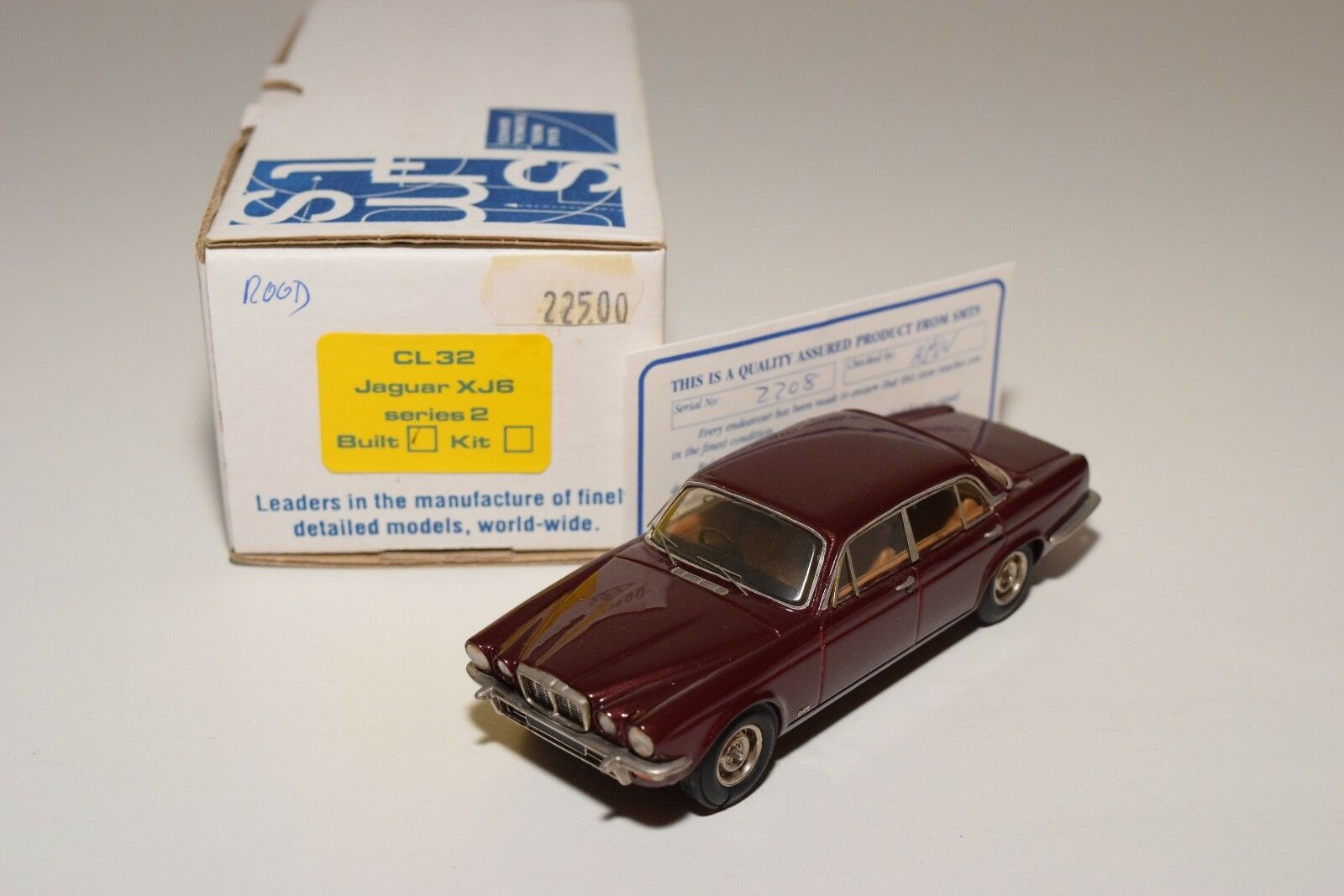 SMTS CL32 CL 32 JAGUAR XJ6 SERIES 2 MKII MAROON MINT BOXED