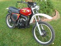 Vintage Honda 1976 Mr250 Factory Fuel Tank Wings 5 3/16 X 3 1/4 Ahrma Enduro