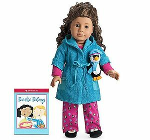 AMERICAN GIRL MIA/'S PRACTICE OUTFIT NIB NRFB Mittens Doll Not Included Retired