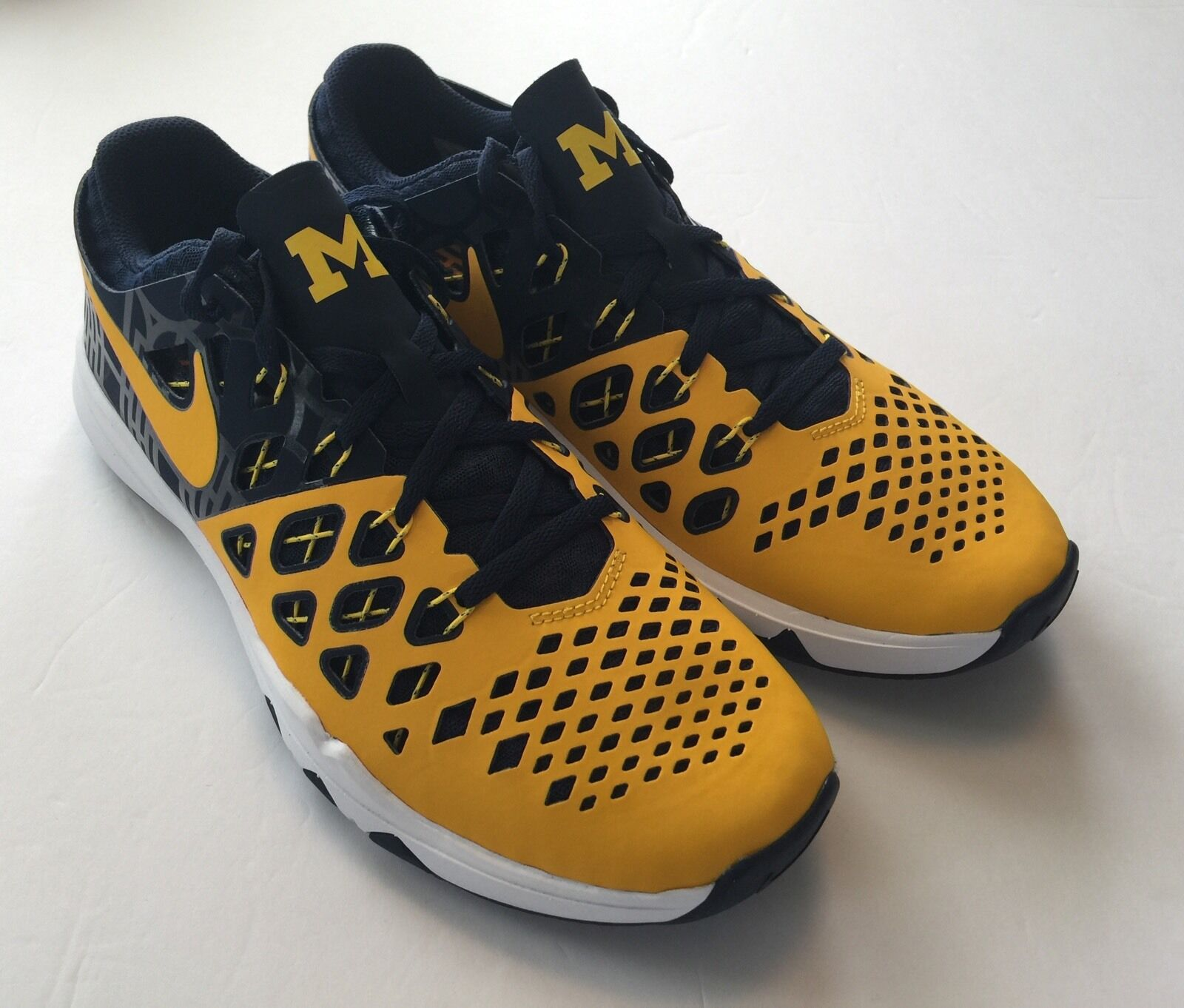 Nike ID Michigan Wolverines Speed Train 4 AMP Limited Edition Shoes Size 8.5
