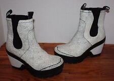 Womens $325 Hunter Crackled Chelsea Boots Size UK 6 / US 8