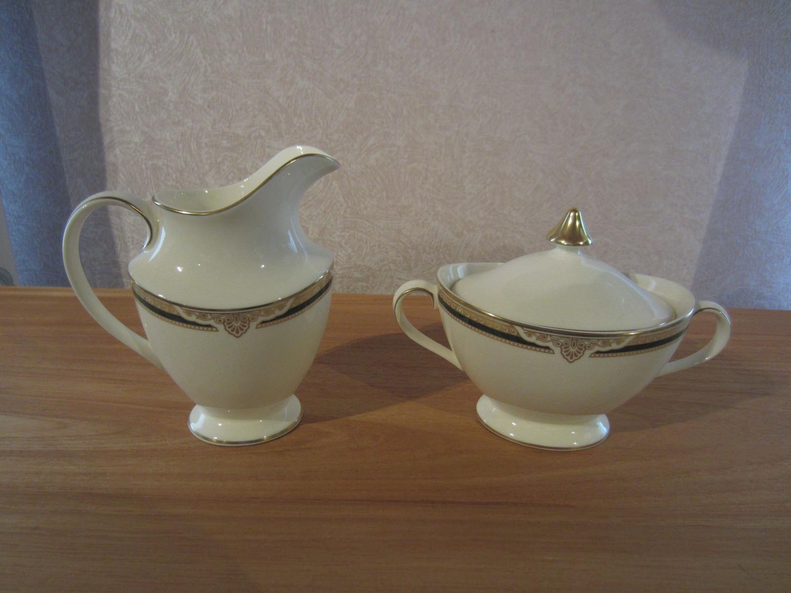 ROYAL DOULTON NEW BRISTOL Set crémier + sucrier Set sugar bowl + milk jug