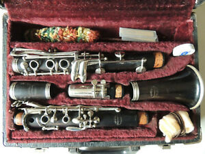 Evette-Sponsored-By-Buffet-Paris-France-Wood-Clarinet-Ser-H7530-Nice-Condition