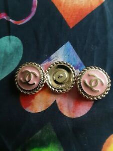 STAMPED-VINTAGE-CHANEL-BUTTONS-LOT-OF-3-THREE-MIX